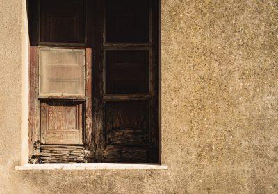 5 wad nieruchomości, które sprzedający może próbować ukryć